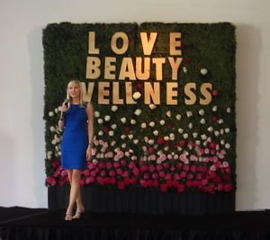 Cynthia lecturing at the Love, Beauty, Wellness Festival